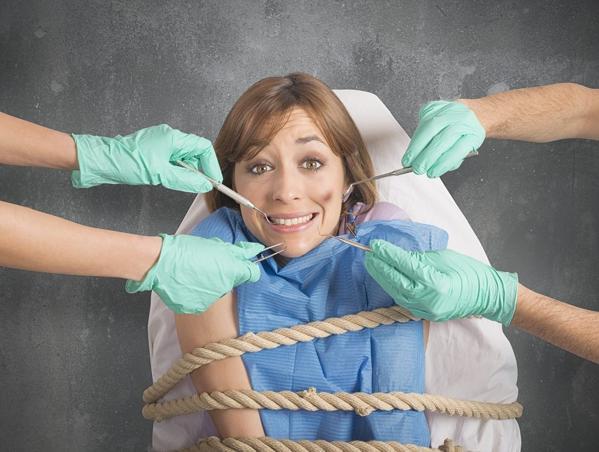 ¿Tienes pánico a ir al dentista? ¡Somos tu clínica dental!