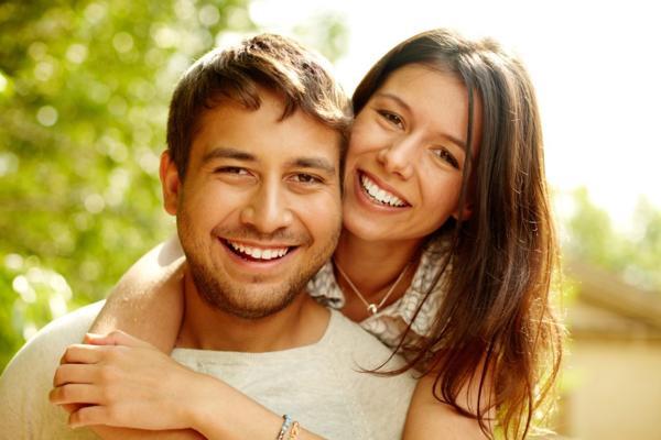 razones para hacerte una higiene dental anual
