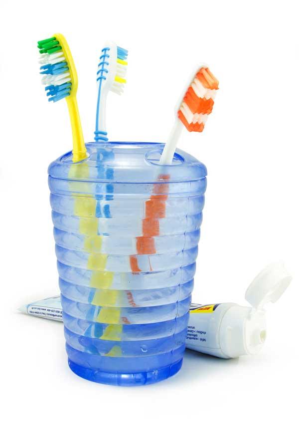 cepillar dientes en verano