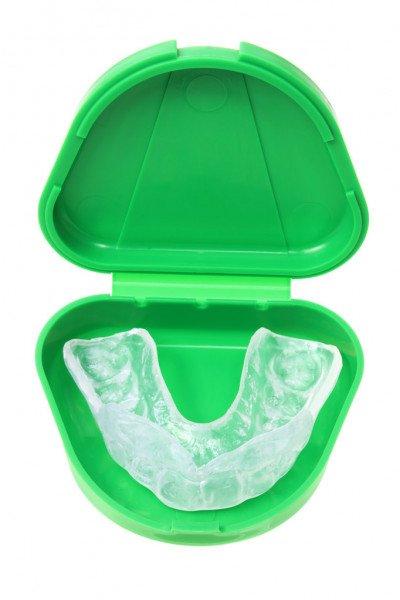 poner ferula dental en verano