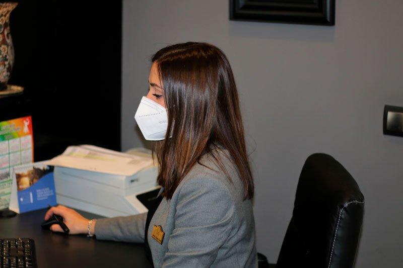 Dra Sanz especialista en estética dental