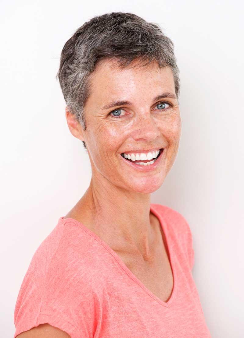 Cuidados imprescindibles de los implantes dentales