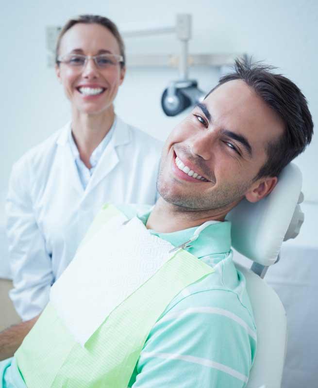 ¿Qué es un higienista dental? El profesional más de cerca